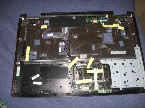 Notebook Asus G71V parte superiore capovolta