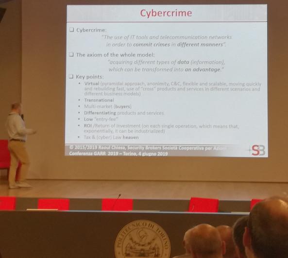 https://www.pierobosio.it/foto/raoulchiesa_cybercrime.jpg